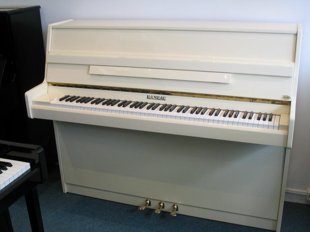 rameau lub ron 115 pianos beaumarchais. Black Bedroom Furniture Sets. Home Design Ideas