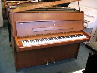 divers pianos allemands pianos beaumarchais. Black Bedroom Furniture Sets. Home Design Ideas